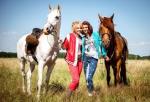 Wie heißen die Pferde von Bibi und Tina?