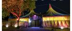 Das Gelände Auf dem Gelände von Circus befindet sich: -das Circus Zelt - unsere Wagen -das Trainingsgelände -ein freier Platz -die Ställe -ein Sho