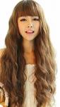 Name: Twill Plexin Alter: knappe 15 Geschlecht: weiblich Rang: Kämpferin Aussehen: Ihre Haare sind hellbraun und fallen stark gelockt bis zu