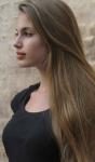 Name: Serafina von Eisfels (Sera) Alter:15 bald 16 Geschlecht: wejblich Rang:Kämpferjn Aus sehen:braune, wellige Haare die ihr bis zur mitt