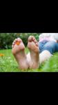 Schaust du fremden Leuten in der Öffentlichkeit auf die Füße?