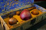 ((bold))((purple))Die Bälle!((epurple))((ebold)) ((unli))Der Quaffel:((eunli)) Der Quaffel ist ein Ball aus Leder, er ist scharlachrot gefärbt, hat