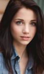 Skyla Silverton, eine normale Jägerin. Ähnlich wie bei Irene weiß ich nicht, ob sie ein Profil hat, aber in diesem RPG heißt ihre Spielerin Skyla.