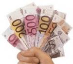 Wieviel Geld gibst du im Monat durchschnittlich für Schminke aus?