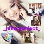 Wie viele Abonnenten hat Julia auf ihrem Vlogkanal?