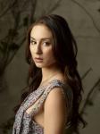 Name: Clarissa Summers Geschlecht: weiblich Alter: 18 Art: Vampir Zimmer: Saphirblau Aussehen: s. Bild Kleidun g: Elegant, Lässig Charakter: Verführ