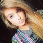 Name: Lilly Geschlecht: W Alter: 16 Mensch, Vampir oder Wolf: Wolf Aussehen: ( Bild) Aussehen als Wolf: dunkelbraun, schwarze Zeichen im Gesicht, durc