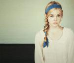 Von Lily Luna NAME: Stella Sky ALTER: 14 KLASSE: 4 HAUS: Ravenclaw AUSSEHEN: blonde, hüftlange Haare, grau-blaue Augen CHARAKTER: etwas schüchtern,