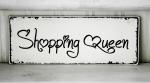 Hallo, und Willkommen. (: Du gehst durch die Einkaufsstraße. Welches Geschäft wirst du wählen?