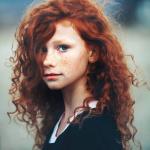 Vorname: Ellowhin Enid Nachname: von Ravenhood Titel: Prinzessin von Ravenhood Spitzname: Elly Alter: 15 Geschlecht: weiblich Rang/Beruf: Prinzessin S