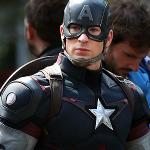 Name: Captain America Fach: Schützen oder Angreifen Schule: M-School