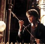 Harry Potter mit dem Gothric Gryffindor Schwert