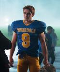 Wie heißt die Footballmannschaft der Riverdale High, in der Archie spielt?