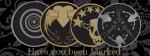 ((unli))Klassen-Embleme((eunli)) Jedes House of Night hat seine eigene Uniform in den vom Vorstand der jeweiligen Schule gewählten Farben, doch es gi