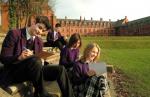 ((bold))Schule ((ebold)) St George's Primary School ((small))Grundschule((esmall)) Klasse 1 - Klasse 2 - Klasse 3 - Klasse 4 - St Peter's Hi