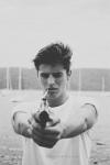 Name: Luke Martins Spitzname:/ Alter: 18 1/2 Charakter: Meistens Nett, höflich, freundlich, witzig, aber wenn ihm etwas nicht passt wird er schnell u