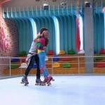 Luna skatet in der 1 Staffel in Folge 40 mit Simon weil Matteo eingesperrt wurde!