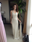 Ja, was soll ich sagen... Ihr Kleid sieht wundervoll aus!