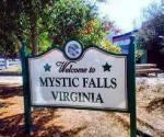 Hey:) Mein Name ist Clarissa, willkommen in Mystic Falls. Hier leben Vampire, Werwölfe, Hexen und vieles übernatürliches mehr. Aber dazu später me