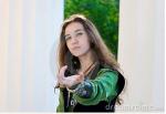 Name: Annabelle Sunlight Alter: 17 Aussehen: Lange, braune Haare, grüne Augen, 1,74m groß, trägt ein grünes Gewand *Link: https://www.google.de/