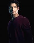 Name: Scott McCall Aussehen: siehe Bild Charakter: Scott ist sehr loyal seinen Freunden gegenüber. Außerdem ist er immer sehr hilfsbereit und tut al