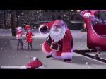 Kurz noch einmal zum Gespräch mit Adrien: Er sagte mir, dass ein Weihnachtsmann ihm geholfen hat, nachdem er (Adrien) ihm (dem Weihnachtsmann) geholf