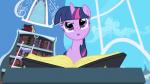 """Welche Legende bezeichnet Spike in der ersten Folge als """"uraltes Ponymärchen""""?"""