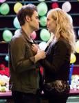 Wie viele Heiratsanträge hat Stefan Caroline gemacht?