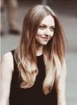 Vor- und Nachname: Maddy Willson Alter: 16 Haus: Gryffindor Charakter: nett, hilfsbereit, frech, witzig, abenteuerlustig, mutig, strebsam, Ehrgeizig,