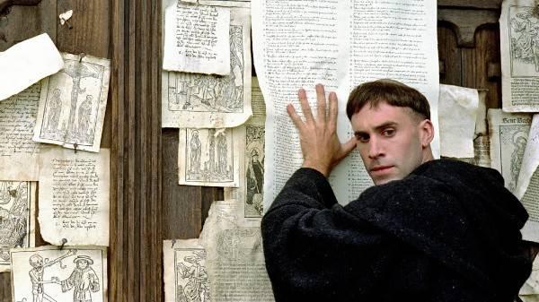 Martin Luther Bibel übersetzt