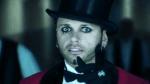 Mein vierter Chara: Name: Dero Goi Alter: 22 Spezies: Vampir Zimmer: Schwarz II (Für Vampire) Jahr der Verwandlung: 1937 Aussehen: siehe Bild Kleidun