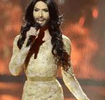 Wie stehst du zu diesem ganzen Transgender-Kram? Kann man als Frau typische Männerklamotten anziehen und als Mann typische Frauenklamotten?