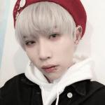 Name: Do-Hyun Seo Spitzname: Hyun Geschlecht: männlich Alter: 21 Geburtstag: 18. November Farbe: --- wie bist du aus deinem Lager geflohen:--- Zugeh�